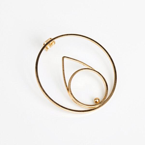 Laparitaine Boucle d'oreille créoles Neela, forme géométrique, or fin, détails